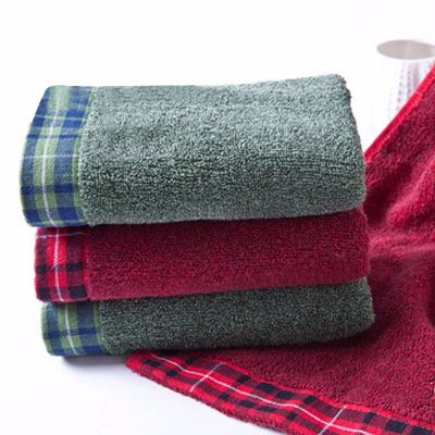 Checked Border Towels Manufacturer